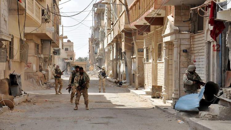 الجيش السوري يوسع سيطرته في محيط السخنة في محافظة حمص