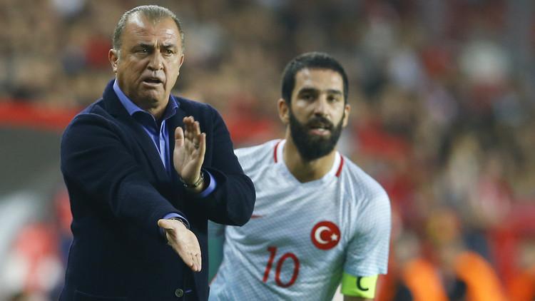 مشاجرة تنهي مشوار فاتح تريم مع منتخب تركيا