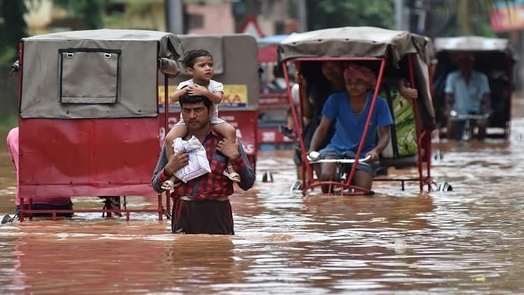 مصرع 600 شخص جراء فيضانات في الهند
