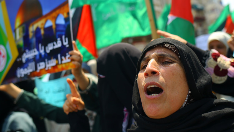 مقتل فتى وإصابة 3 آخرين في اشتباكات بين القوات الإسرائيلية والفلسطينيين على حدود غزة