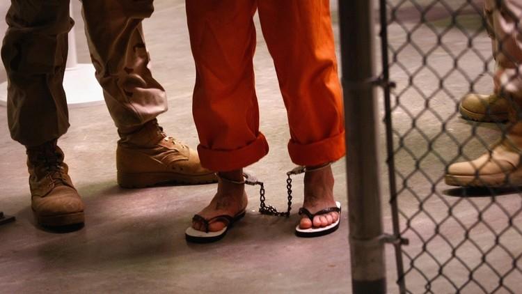 محاكمة اثنين من علماء النفس طورا برامج تحقيق وحشية لصالح CIA
