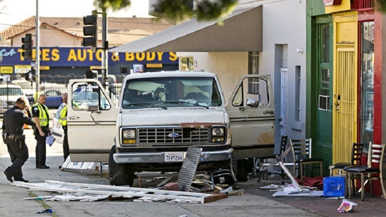 حادث دهس في لوس أنجلوس تسبب بإصابة 9 أشخاص