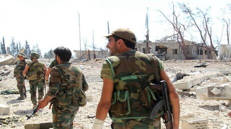 الأرشيف، جنود من الجيش السوري