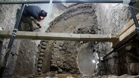 اكتشاف برج من الجماجم البشرية في المكسيك يعود لحضارة الأزتيك