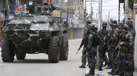 عناصر من قوات الأمن الفلبينية