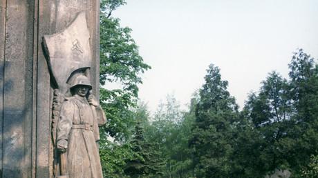نصب الجنود السوفييت الذين سقطوا دفاعا عن مدينة كراكوف