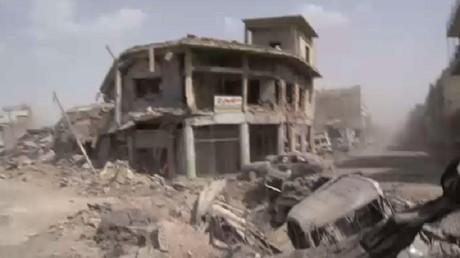 """حصار مسلحي """"داعش"""" في آخر معاقلهم بالموصل"""