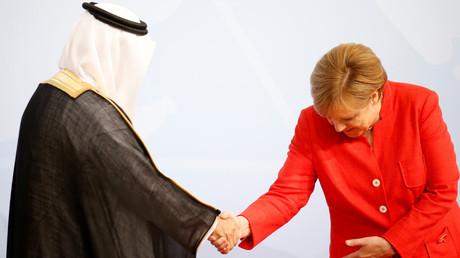 المستشارة الألمانية أنغيلا ميركل تستقبل رئيس الوفد السعودي وزير الدولة عضو مجلس الوزراء إبراهيم بن عبدالعزيز العساف