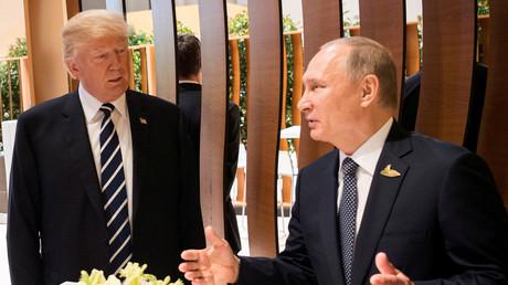 الرئيسان الروسي فلاديمير بوتين والأمريكي دونالد ترامب خلال قمة العشرين
