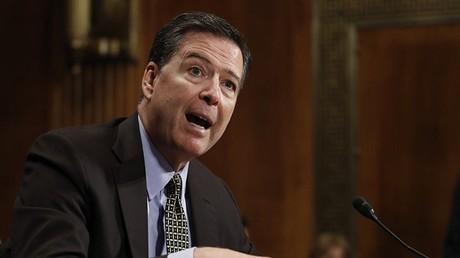 مدير مكتب التحقيقات الفدرالي السابق جيمس كومى