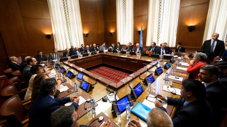 المفاوضات في جنيف