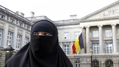المحكمة الأوروبية لحقوق الإنسان تعتبر حظر النقاب ضروريا