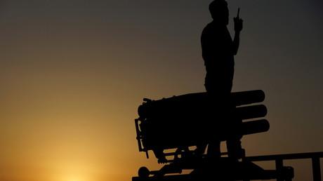 """عنصر من """"الجيش السوري الحر"""" في محافظة درعا"""