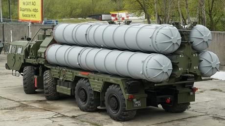 """منظومة """"إس-400"""" للدفاع الجوي"""