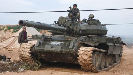 عناصر من الجيش السوري.
