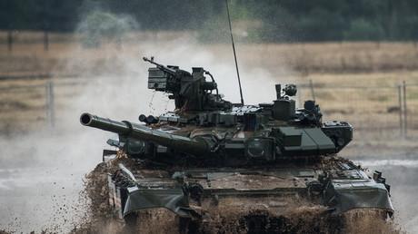 """دبابة """"تي -90"""""""