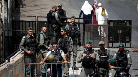 حاجز للشرطة الإسرائيلية في البلدة القديمة بالقدس