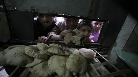 مطالب بتعديل نظام دعم الخبز في مصر