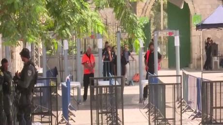 إسرائيل تنصب كاميرات عند باب الأسباط