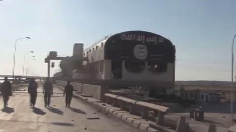 سوريا الديمقراطية تصد هجوما لداعش بالرقة