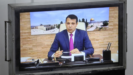 محمد دحلان يشارك في اجتماع للمجلس التشريعي بغزة عبر  الفيديو كونفرنس