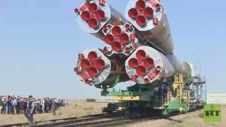 مهمة فضائية جديدة بين روسيا وأمريكا