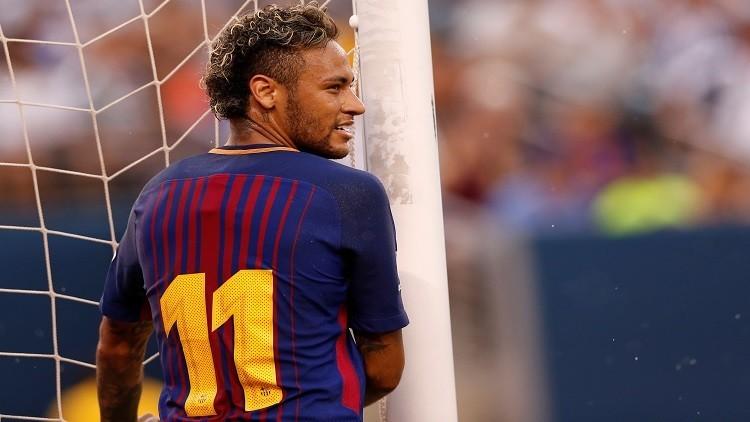 رسميا.. برشلونة يعلن عن رغبة نيمار في مغادرة النادي