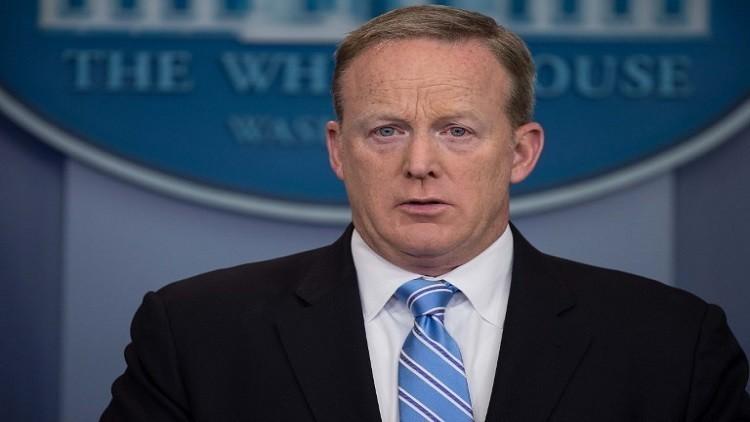سبايسر يعتزم ترك منصبه كمتحدث باسم البيت الأبيض