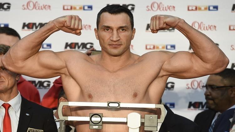 كليتشكو أسطورة الملاكمة الأوكرانية يعتزل رياضة الفن النبيل