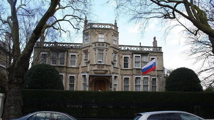 السفارة الروسية في لندن تحذر رعاياها من هجمات