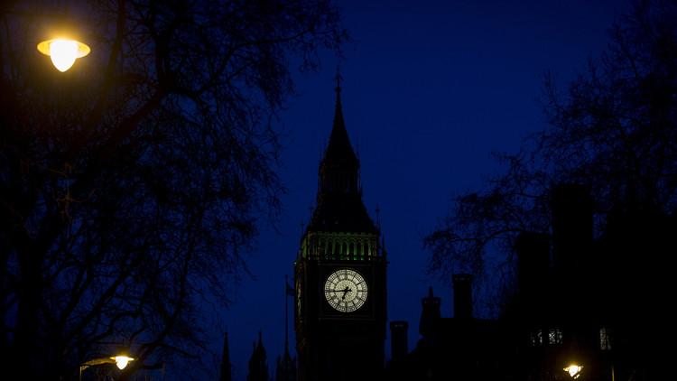 سفارة الكويت ببريطانيا  تدعو رعاياها للحذر من هجمات الأسيد!