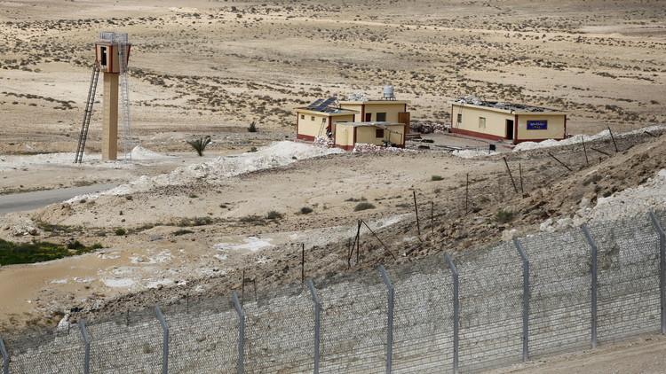 إسرائيل تبني جدارا عازلا تحت الأرض خشية من