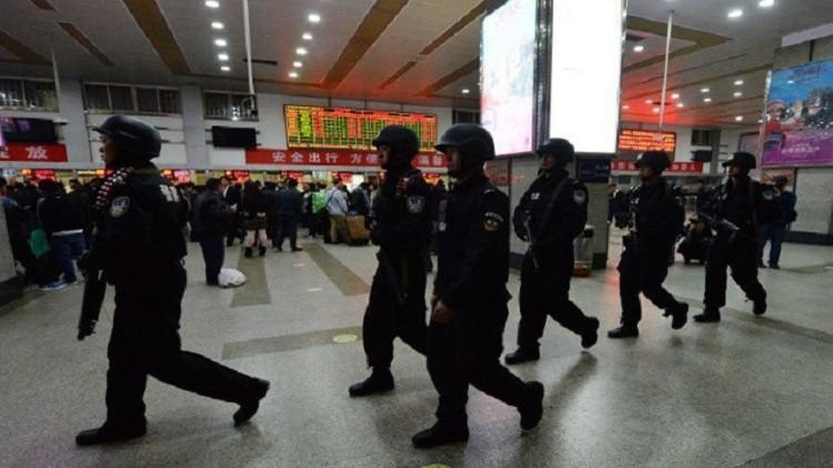 اعتقال 77 شخصًا في الصين سطوا على ملايين الدولارات بالاحتيال الإلكتروني