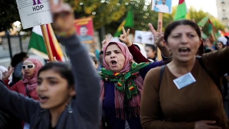 احتجاجات على تزايد العنف ضد النساء في تركيا