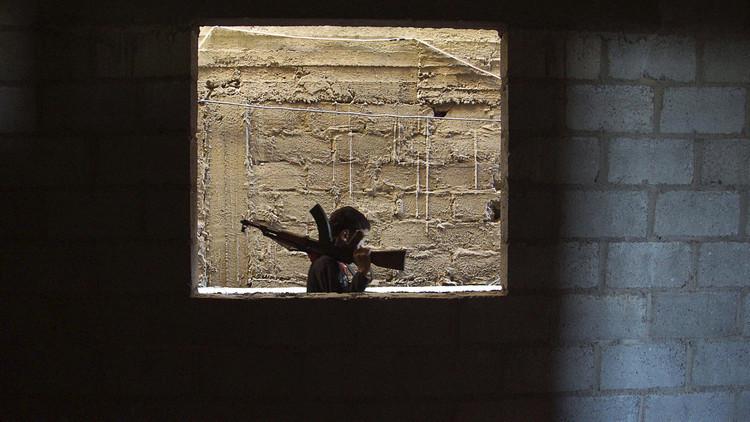 شباب دير الزور يهرب من نفير