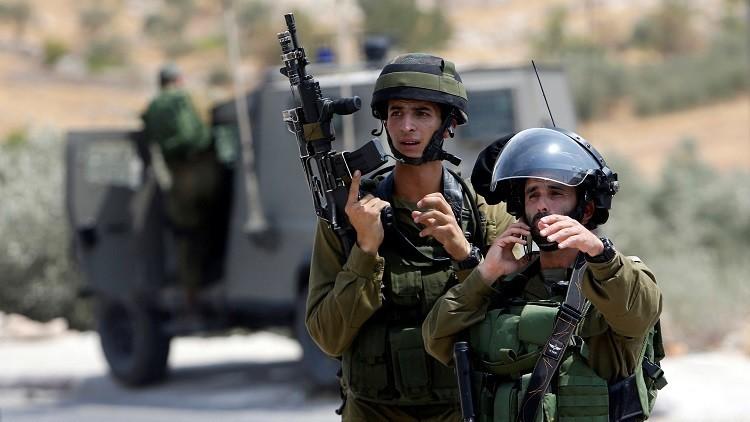 اعتقال 9 فلسطينيين في أنحاء متفرقة من الضفة الغربية