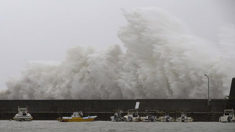 قتيلان وجرحى في إعصار ضرب اليابان
