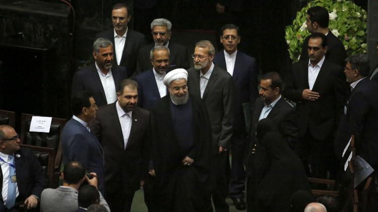 روحاني يقدم تشكيلة حكومته الجديدة لمجلس الشورى الإسلامي