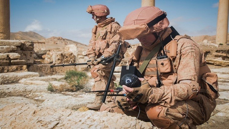 الدفاع الروسية تعرض مخلفات الإرهابيين في سوريا