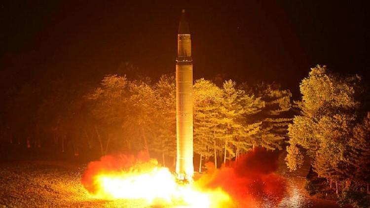 واشنطن بوست: كوريا الشمالية صنعت رؤوسا نووية تناسب صواريخها
