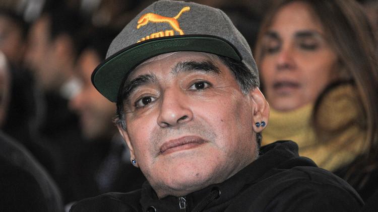 مارادونا: سأرتدي لباس الجندي من أجل فنزويلا