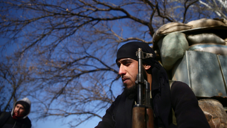 مع تجدد الحرب بين المسلحين... الجيش السوري يوسع سيطرته على الغوطة الشرقية