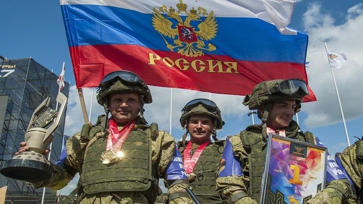 منح الجوائز للفائزين في مسابقات عسكرية في روسيا وكازاخستان