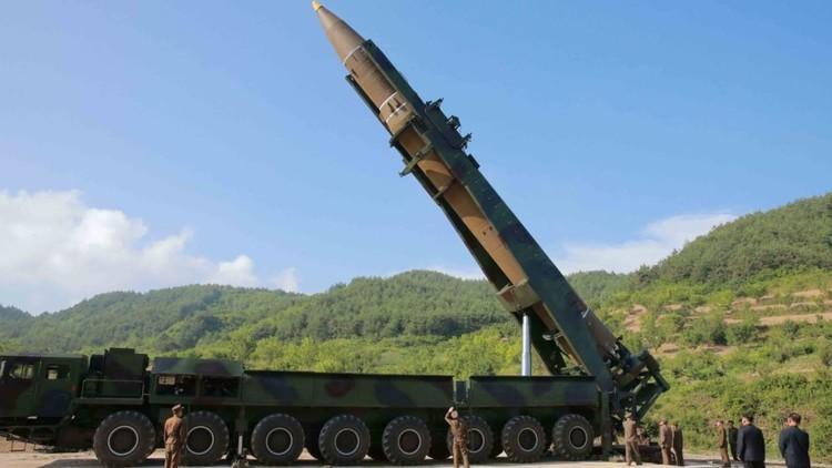 خبراء: صواريخ بيونغ يانغ غير قادرة على إيصال رؤوس نووية إلى الولايات المتحدة