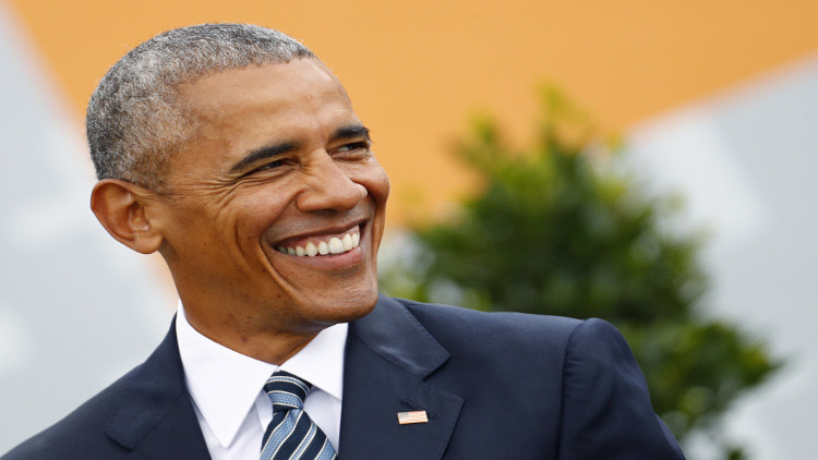 أوباما يستعد لاستئناف نشاطه السياسي في الحزب الديمقراطي