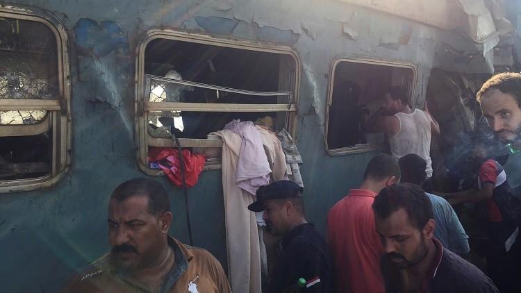 تحقيقات أولية تحدد المتسبب بحادث تصادم قطاري الإسكندرية