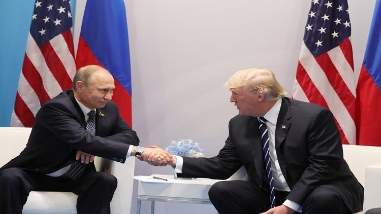 صحيفة: مستشار ترامب اقترح عليه تنظيم لقاء مع بوتين في 2016