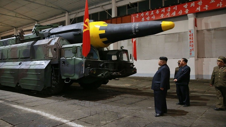 كيم يأمر الجيش بالتأهب بعد تسلمه خططا لضرب غوام.. والبنتاغون يحذره من حرب شاملة
