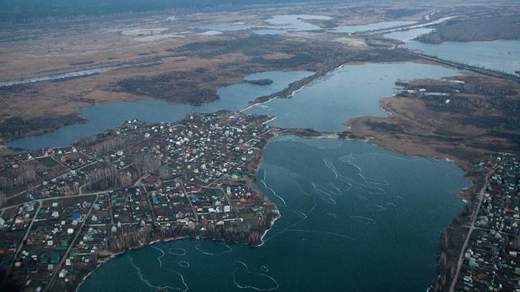 بحيرة تختفي في روسيا وتظهر في كازاخستان!