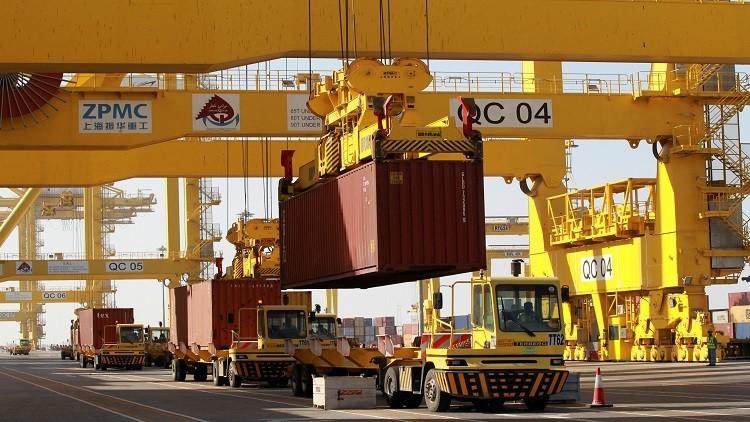 بلومبرغ: قطر تشهد أبطأ نمو اقتصادي منذ 1995